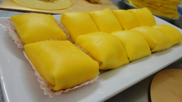 durian-crepe-3